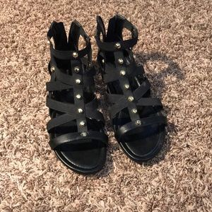 NWOT Marc Fisher gladiator sandals with gold studs